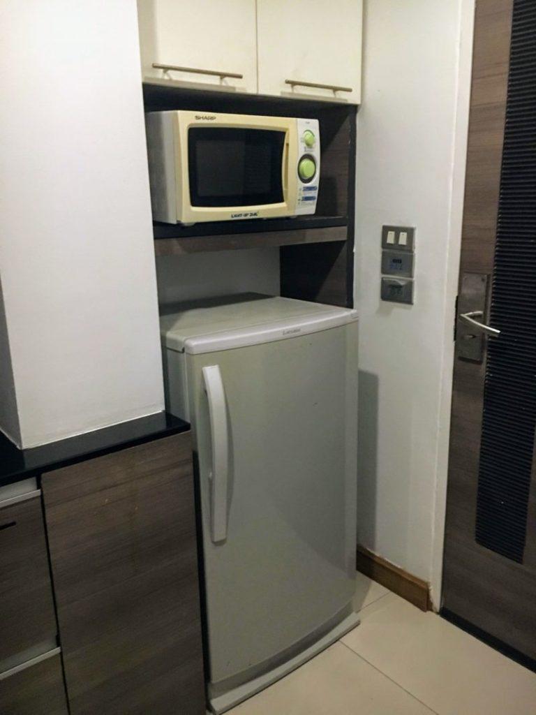 アイチェック イン レジデンシーズ スクンビット 20の冷蔵庫