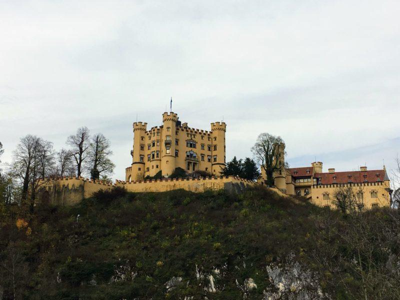 ホーエンシュヴァンガウ城の全貌