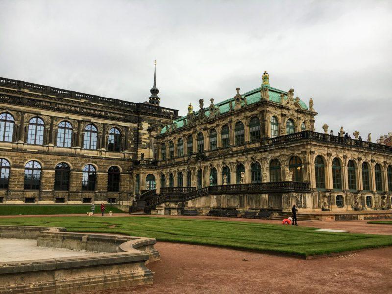 ドレスデンのツヴィンガー宮殿中庭