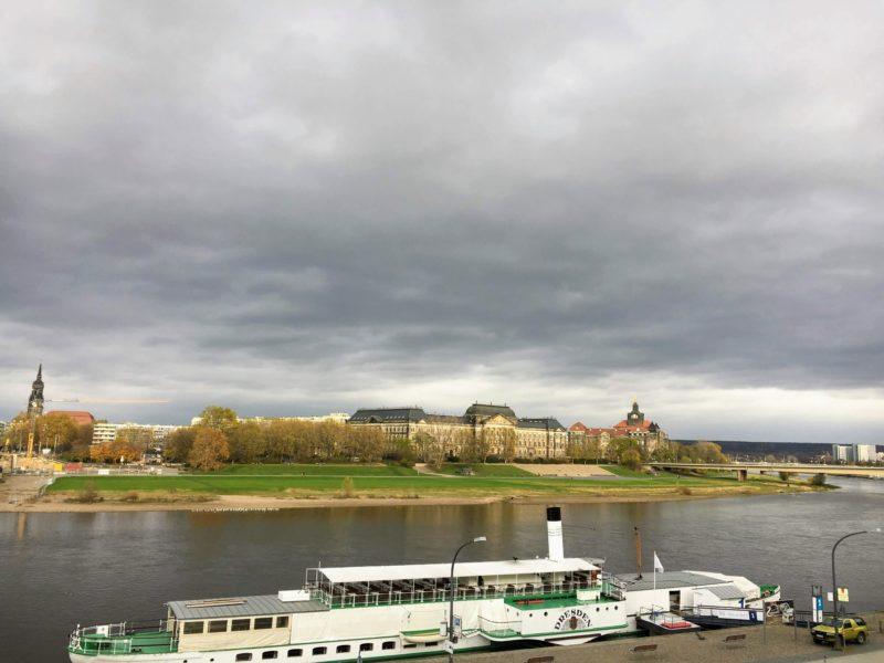 ドレスデンのエルベ川と新市街