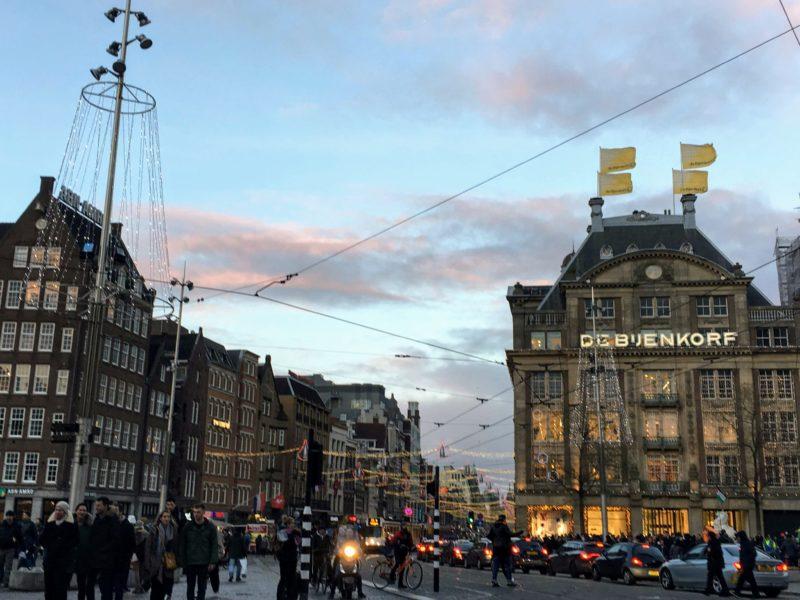 アムステルダムのクリスマス仕様の街並み