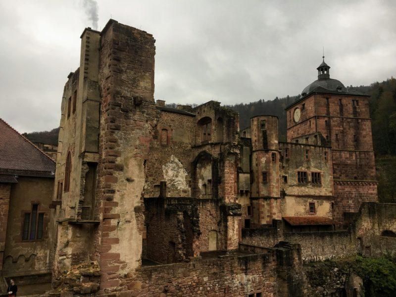 ハイデルベルク城の破壊されたままの建物