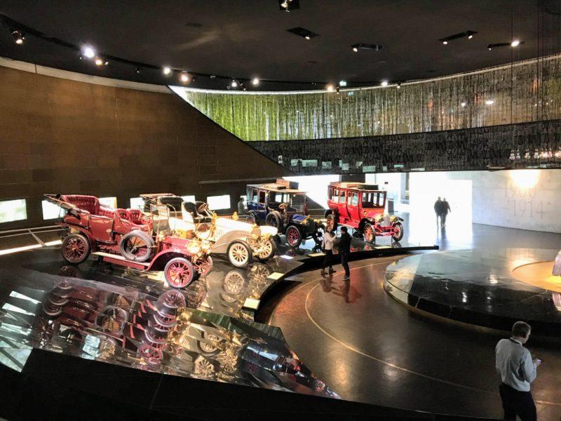 メルセデスベンツ博物館の内部