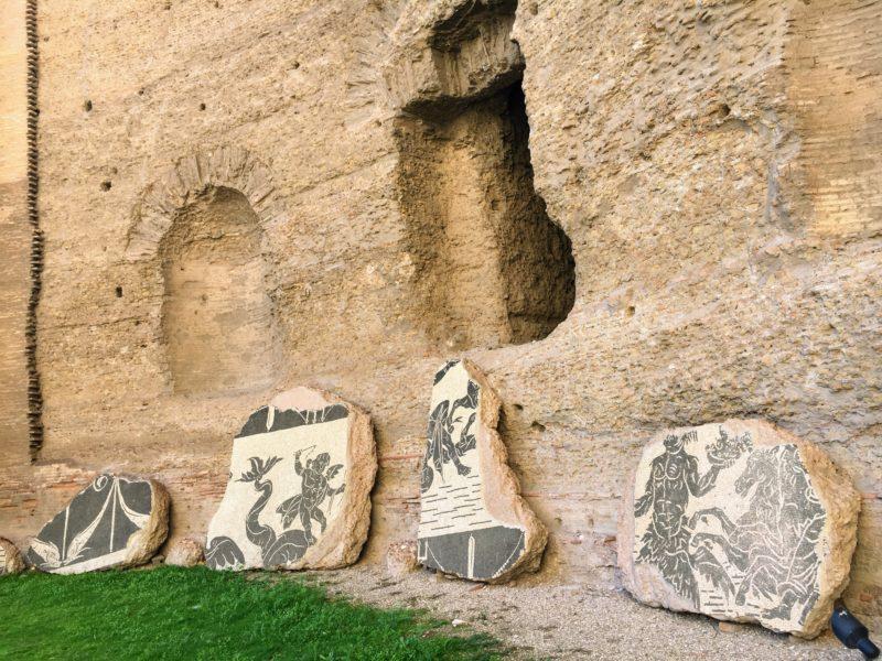 カラカラ浴場のタイル