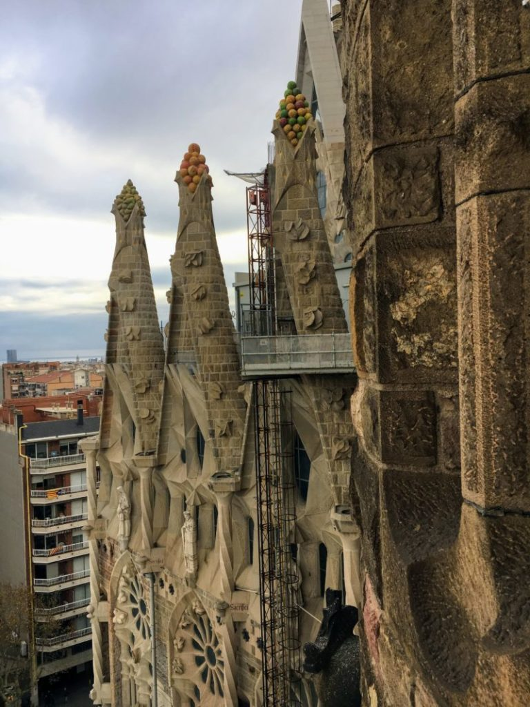サグラダファミリアの塔から見る建築