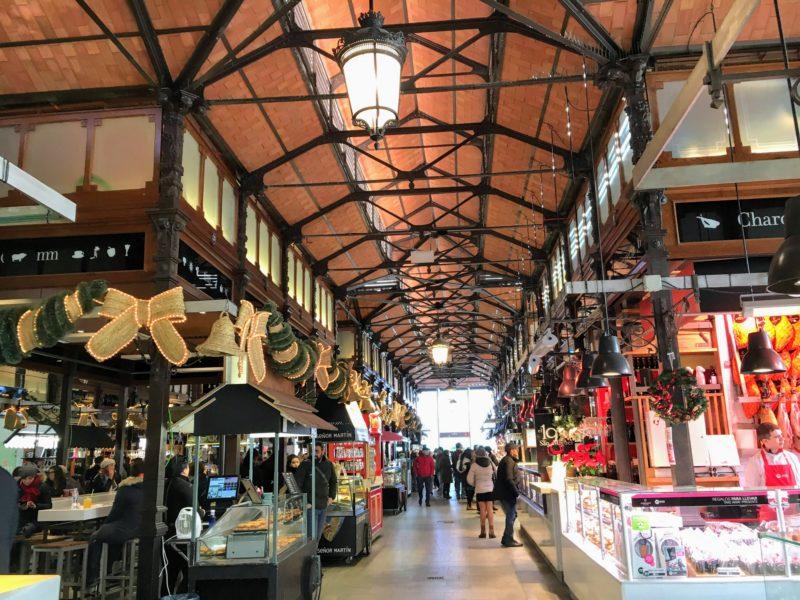 サン・ミゲル市場内部