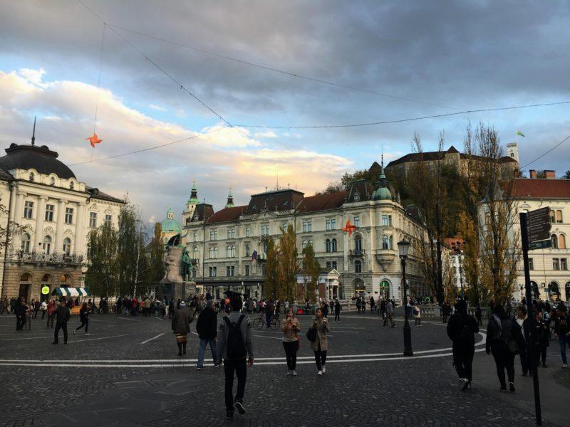 リュブリャナのプレシェーレン広場