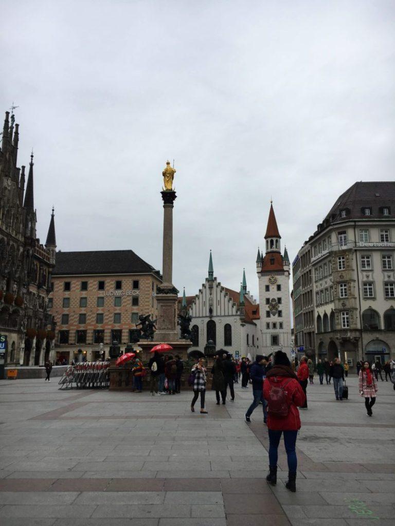 ミュンヘンのマリエン広場