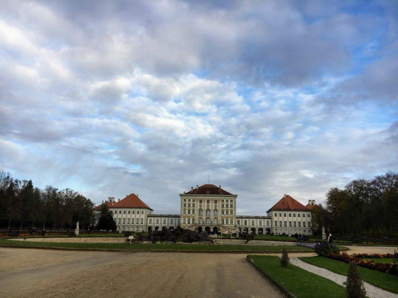 庭園から見るニンフェンブルク城