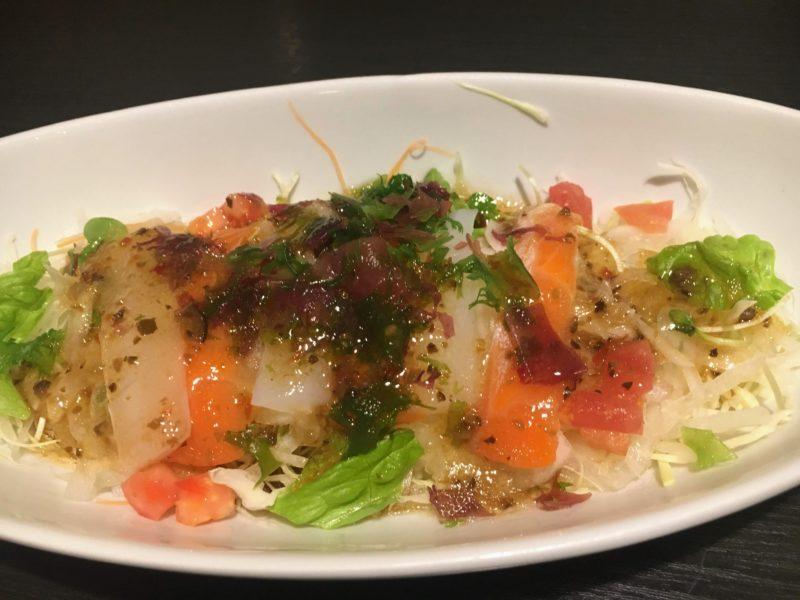 ささの海鮮サラダ