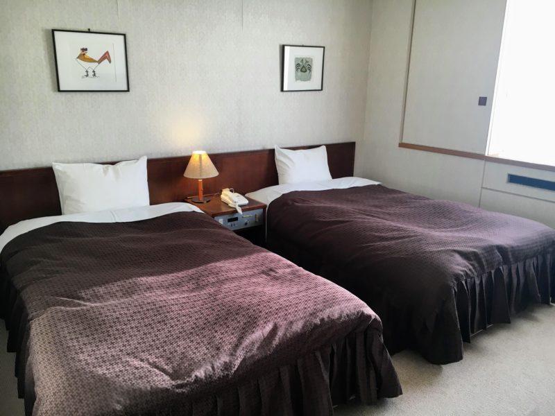 河口湖ホテルのツインルームベッド