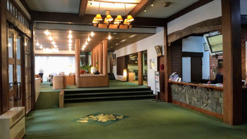 河口湖ホテルのフロント
